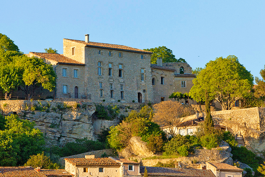 Chateau la roque la roque sur pernes vaucluse provenza for Chateau la roque